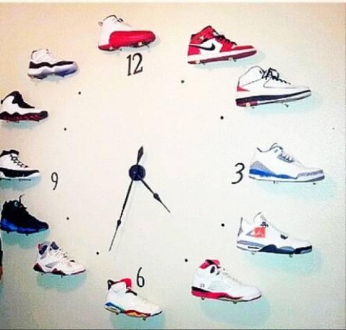 掛牆畫及時鐘